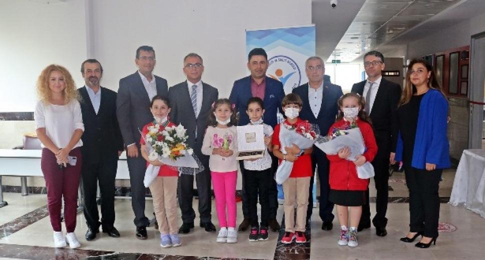 Maltepe Kaymakamı Tiryaki Kadir Has Bilim ve Sanat Merkezini ziyaret etti