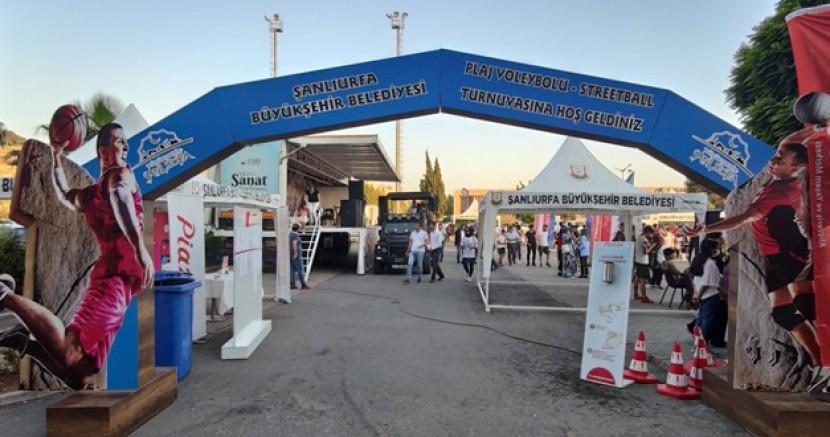 """Şanlıurfa Büyükşehir Belediyesi'nden """"Turizm İçin Gençler Sahada"""" projesi"""
